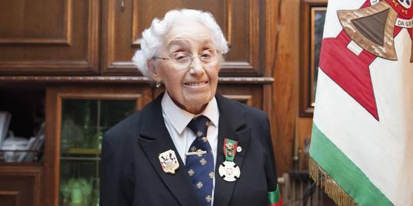 Portrait de Felicia, première femme porte-drapeau