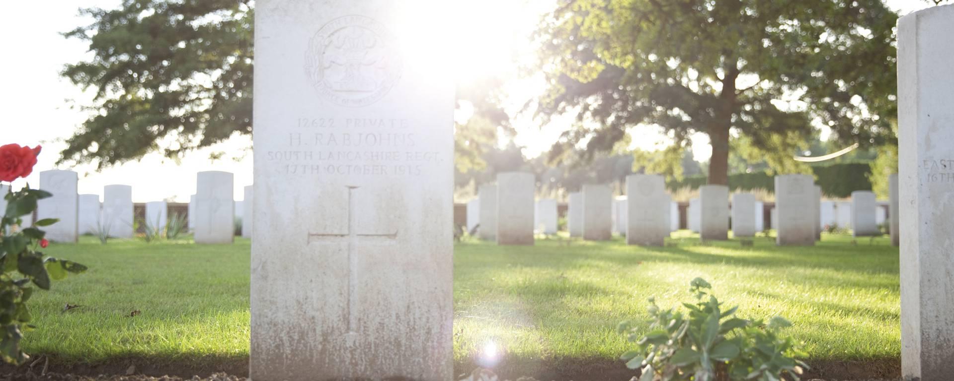 Le Touret Military Cemetery and Memorial - Richebourg © Brigitte Baudesson